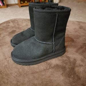 Toddler ugg boots size 10.0